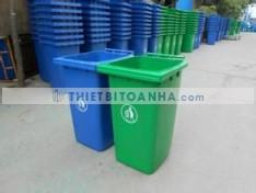 Cửa hàng bán thùng rác ở Bến Tre