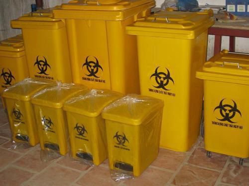 Lựa chọn thùng rác cho bệnh viện